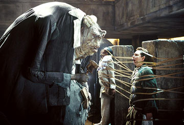 Prostetnic Vogon Jeltz reads his poem. Scary, isn't it?